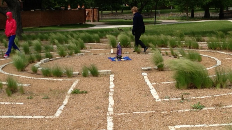 02 Outdoor Meditation Space Labyrinth (Richland University)(2)