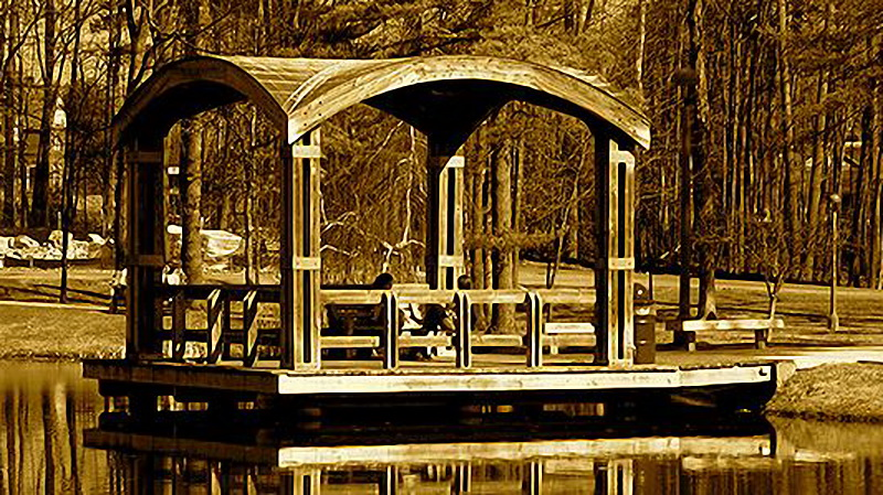 25 Gazebo on Haupt Pond (Skidmore College)