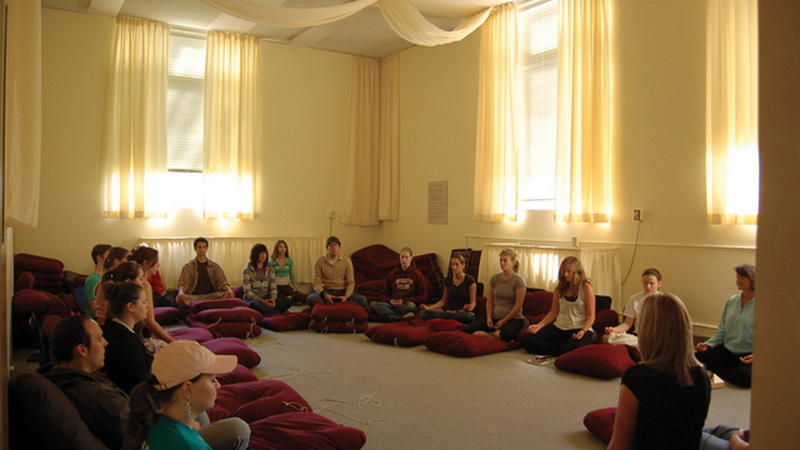 27 Meditation Rooms (University of Redlands)